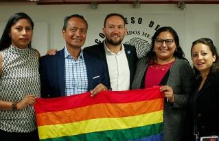 Morena presenta iniciativa para prohibir las terapias de conversión sexual en CDMX
